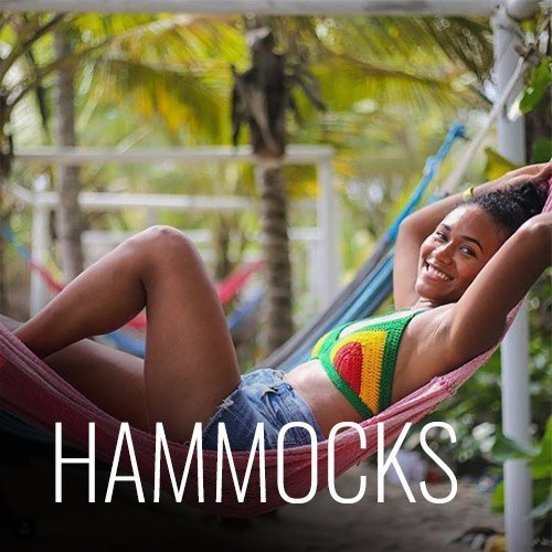 Do you want to rest reading a book in the sun with the sound of the waves? Our hammocks are perfect for it!